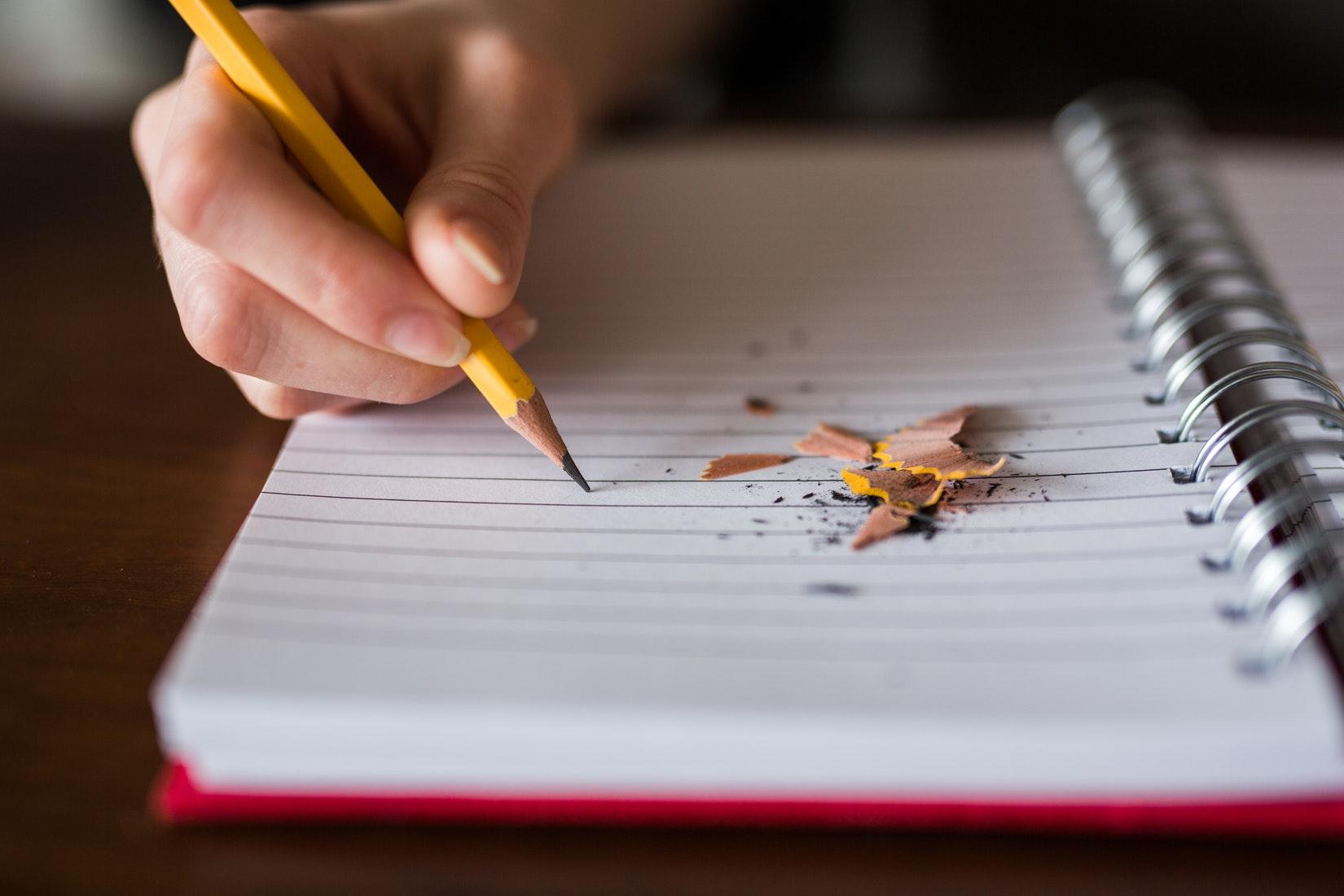 notes ołówek